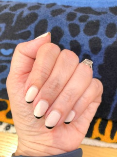 manimonday-nailart-essie-paris-hermes