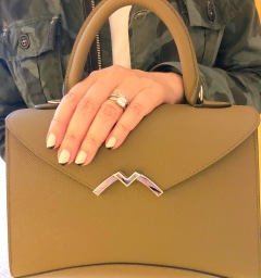 manimonday-nailart-essie-paris-moynat-civilianaire