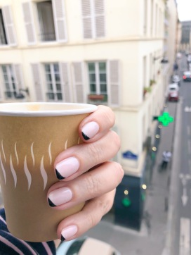 manimonday-nailart-essie-paris-coffee