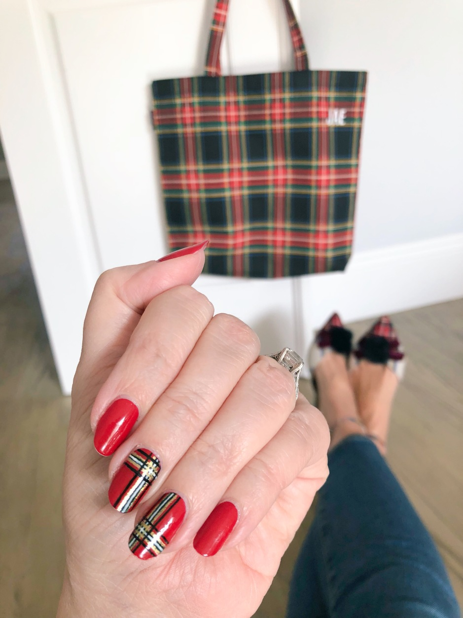 nailart-tartan-plaid-jcrew